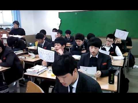 韩国高中学生职业教育时间提前 高二开始选择出路