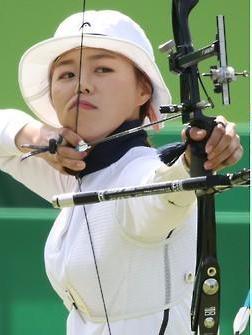 韩女子射箭张惠珍摘金 荣拥奥运双冠王