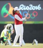 .高尔夫球首轮比赛韩国女队双保险冲金.