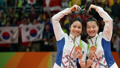 韩羽毛球女双成功摘铜 摆脱无奖牌危机