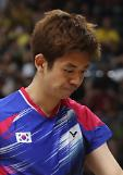 (Oly) Badminton player Lee Yong-dae hints at retirement: Yonhap