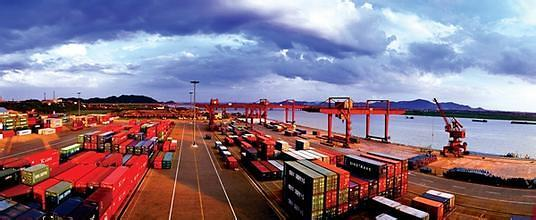 全球贸易额时隔6年创最低 韩国出口额跌幅同比翻一倍