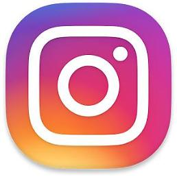 .Instagram reaches one billion app installs on Google Play Store.