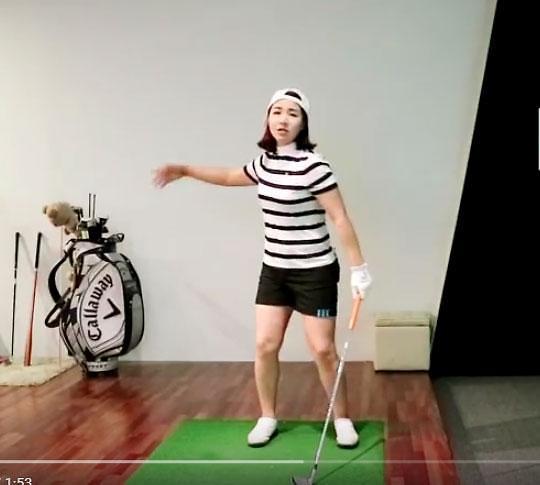 """[이혜수 동영상 골프레슨] 33,몸과 팔이 일치되는 스윙 만드는 방법 """"헤드커버 이용"""""""