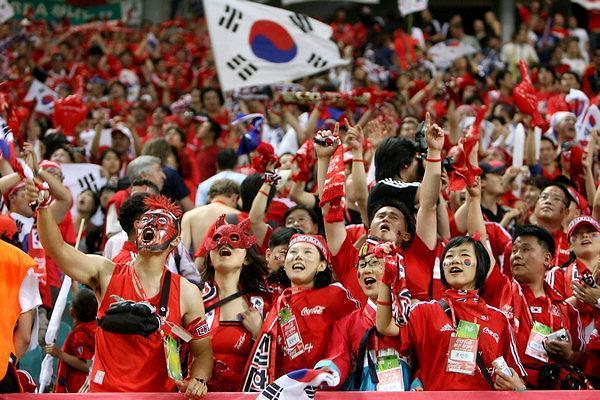 """世界杯预选赛韩中劲爆开战 3万中方助威团对阵韩国""""红色恶魔"""""""
