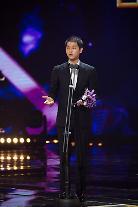 俳優ソン・ジュンギ、「第11回ソウルドラマアワード2016」で韓流ドラマ部門男子演技賞受賞