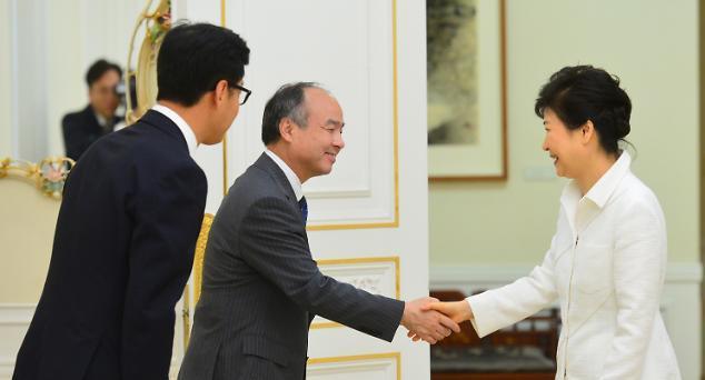 손정의, 향후 10년 이내 5조원 목표로 한국 투자
