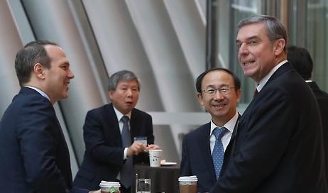 <2017年总统大选>韩美财界人士聚首商讨美大选后双边经贸合作