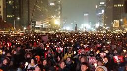 [AJU VIDEO] 26日も続いた国民の願い・・・150万人のろうそく集会