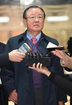 '대우조선 경영 비리 의혹' 강만수 전 산업은행장 구속