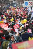 [Gallery] Hundreds of thousands of people gather in Central Seoul demanding President Parks resignation