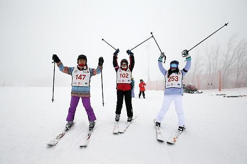 韩滑雪场受东南亚游客青睐  成冬季旅游地首选