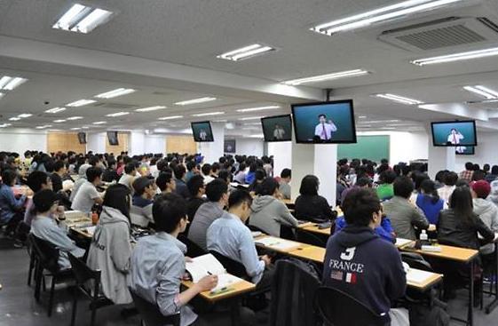 """韩今年公务员考生人数于多高考  70多万人再掀""""公考飓风"""""""