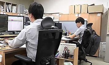 韩国非正式职工占比连续两年增长 薪资仅为正式职工一半