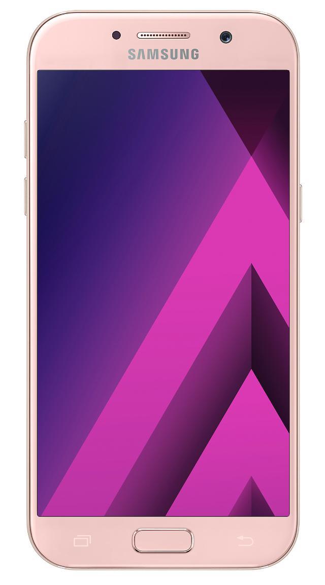 三星电子推出2017年首款智能手机Galaxy A5