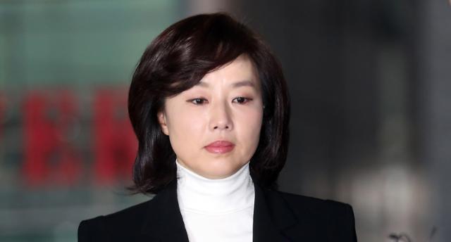 조윤선, 블랙리스트 작성 공모 '선긋기'