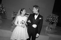 新たなトップスター夫婦誕生・・・RAINとキム・テヒ19日結婚!