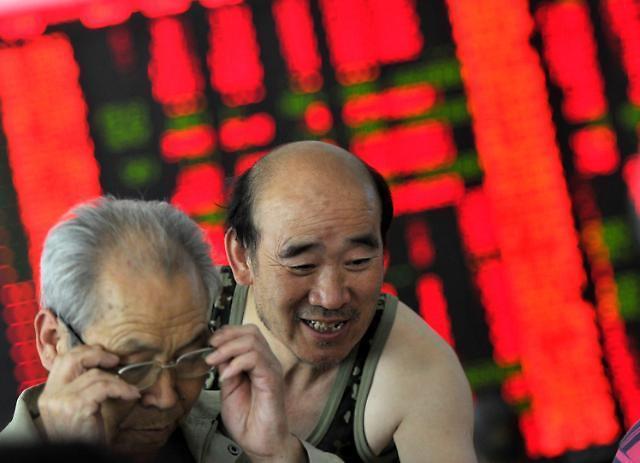 [중국증시] GDP 선방에 상하이종합 반색…0.7% 급등