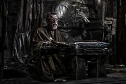 英 배우 존 허트, 췌장암 투병 중 별세…설국열차-해리포터와 마법사의 돌 출연 익숙