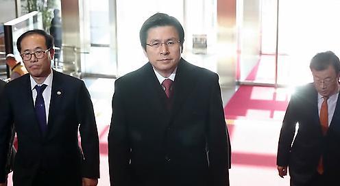 <2017年总统大选>韩国代总统黄教安对是否竞选总统问题笑而不答