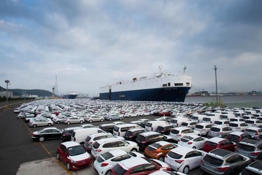 韩国去年出口创2009年后最差成绩 排名全球第8位
