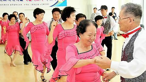 2030年韩国女性预期寿命将超过90岁