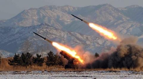 朝鲜疑似向东海发射导弹