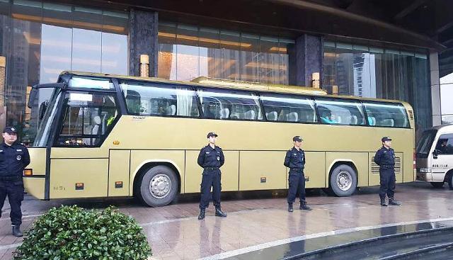 韩国球队在长沙训练 中国警力维持秩序