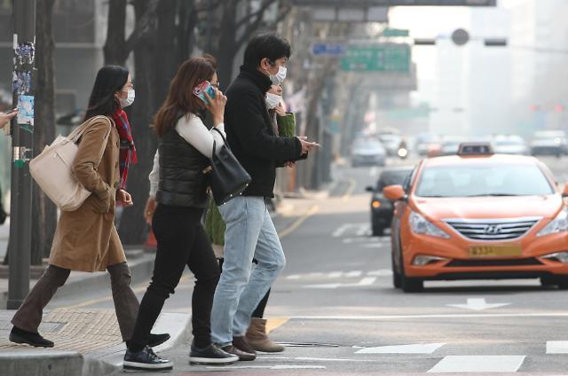 韩大气污染问题日益严峻 每年经济损失规模超10万亿韩元