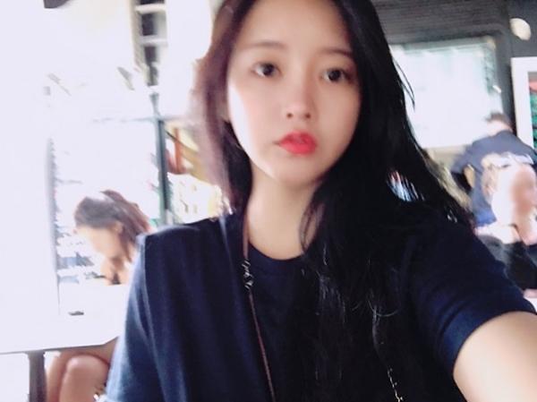 T-ara素妍公开自拍照 清纯美貌吸人眼球