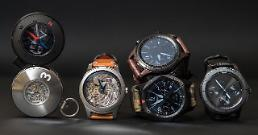.[GLOBAL PHOTO] Samsung unveils concept smartwatches at Swiss watch showcase.