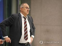S. Korea football coach calls for improvement in away matches: Yonhap