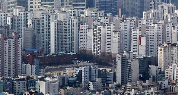 대출규제 덫에 걸린 주택시장…분양·매매시장 위축