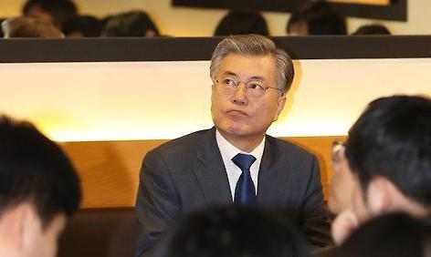 <2017年总统大选>刘承旼当选保守阵营首位总统候选人 反文在寅战线暗流涌动