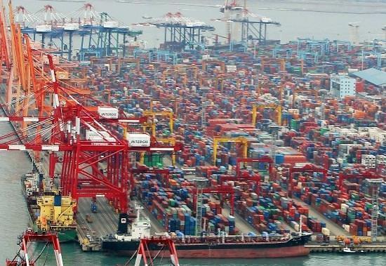 韩国经济迎来春天 投资出口改善内需恢复势头缓慢