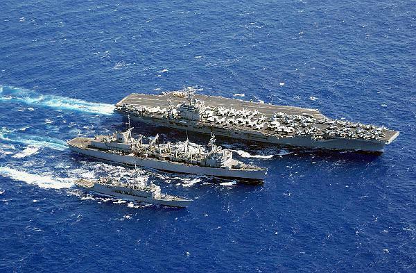 美卡尔文森号航母战斗群驶向朝鲜半岛