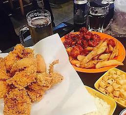 """.大数据分析:炸鸡成为韩国人的""""灵魂食物"""" 炸酱面人气下滑."""