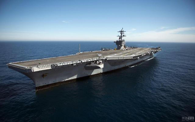 """美""""卡尔·文森号""""航母25日抵韩 对朝军事威慑力度升级"""