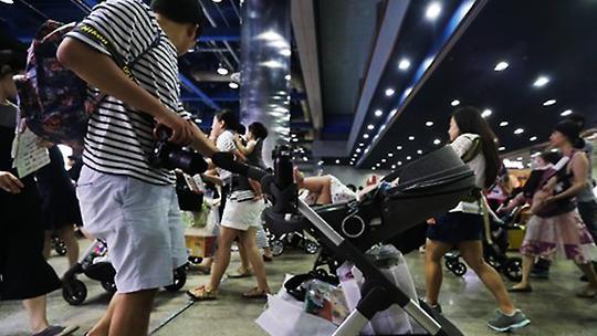 韩第1季度休育儿假男职工同比大增54.2%
