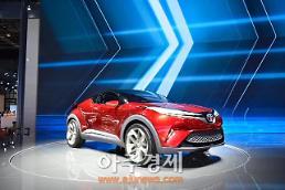 [2017 상하이 모터쇼] 도요타, 뉴 버전 C-HR 콘셉트 펭차오 웨이 공개