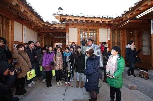 赴韩中国团体游客锐减 大批导游失业生存状态堪忧