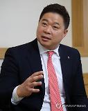 """LG 현주엽 감독 """"우승 간절해…이상민의 삼성 이기고파""""(일문일답)"""