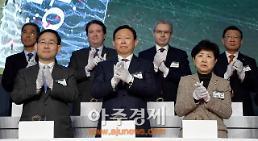 롯데, 그룹 모태 '롯데제과' 중심 지주회사 구축 시동…신동빈 지배력 커진다