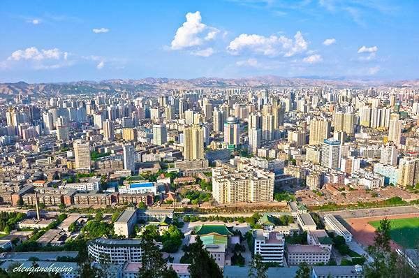 """从""""卫星看不到的城市""""到""""兰州蓝""""——兰州为中国城市治霾提供经验"""
