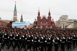 .[GLOBAL PHOTO] Russian Marines March on Victory Day.