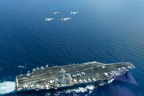 消息:美两艘航母或6月初在半岛东部海域联演