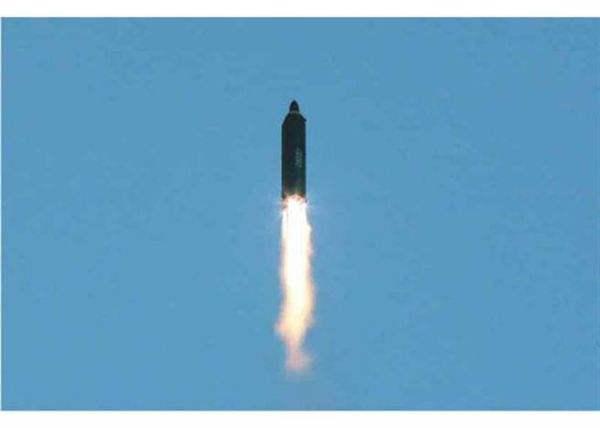 """韩称朝""""北极星2""""属中程弹道导弹 今后不公开萨德检测信息"""