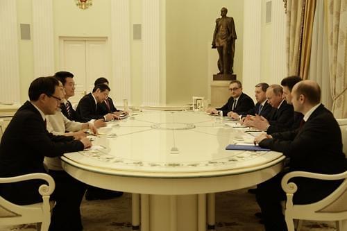 韩总统特使:普京愿派特使赴朝斡旋半岛危机