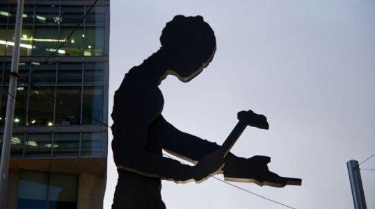 韩劳动者规模近1700万人 同比增加2.3%