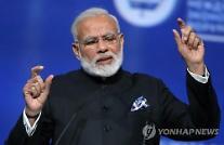 '2030년에는 전기차만'..글로벌 리더 노리는 인도, 기후변화 억제 앞장선다